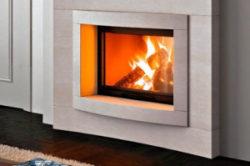 Имитация пламени в камине из гипсокартона с помощью цифровой рамки
